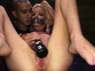 Bondage cam show and amelia foot slave first time Halle